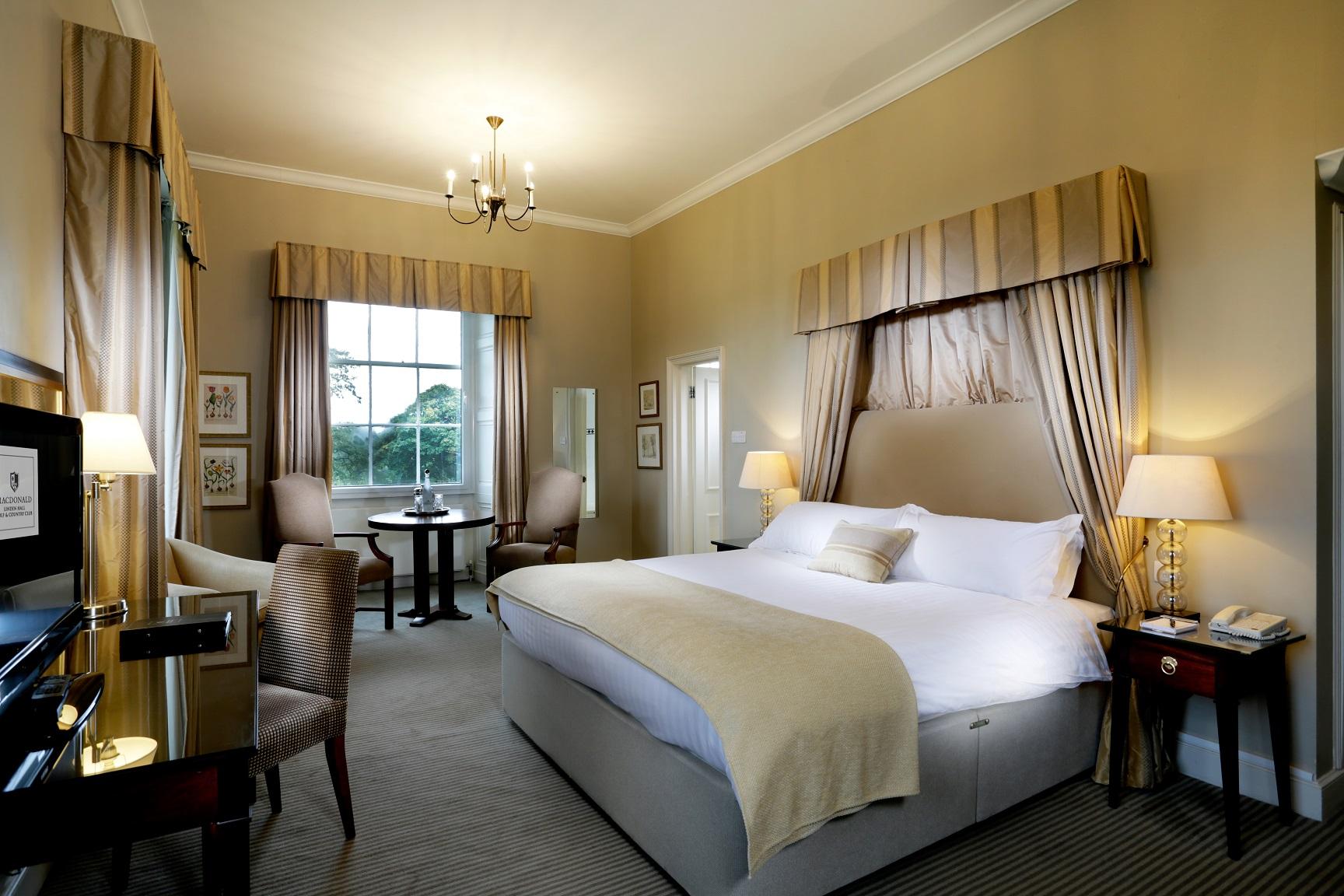 Linden Hall Hotel Room