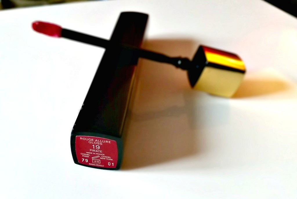 Chanel Rouge Allure Gloss – 19 Pirate