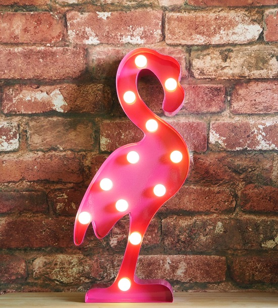 Simple gardens ideas - Flamingo Lamp Lady From A Tramp