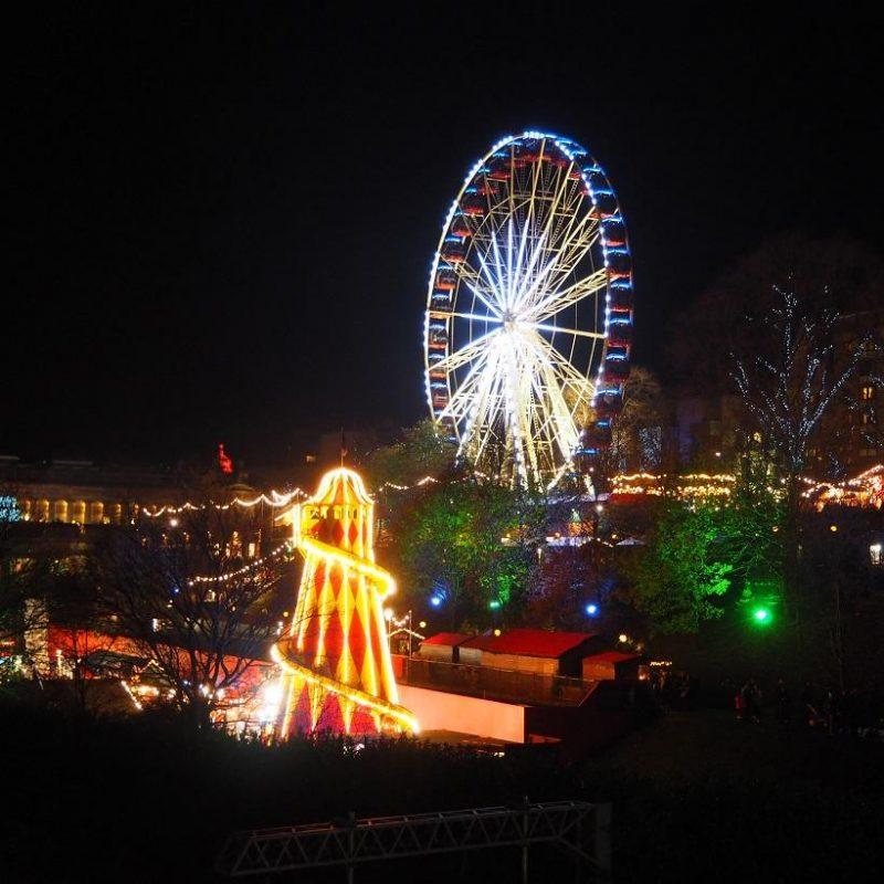 Light Shop In Edinburgh: Edinburgh Christmas Market